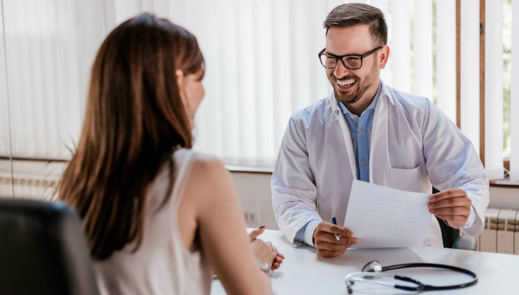 medicina do trabalho-medico e paciente