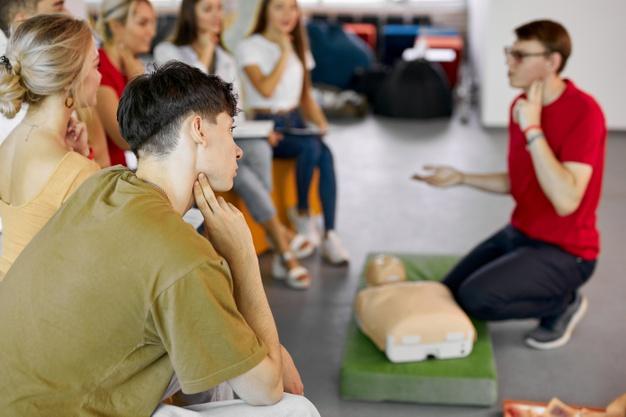 A importância do treinamento de primeiros socorros na empresa